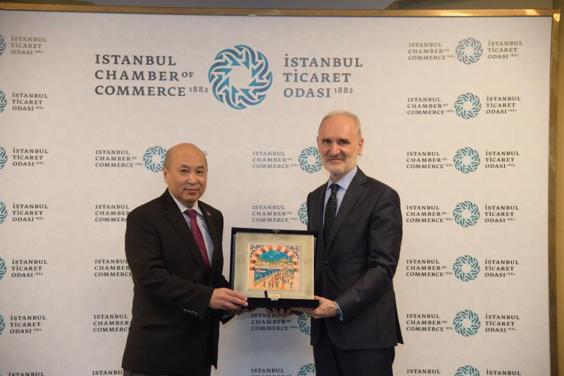 Ambassador visits the Istanbul Chamber of Commerce